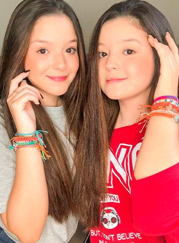 Mily e Mary Oliveira